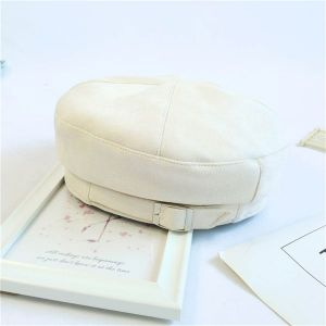 Beige Beret with Buckle