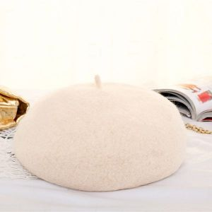 Milky White Autumn And Winter Wool Beret