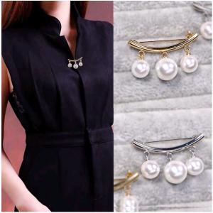 Elegant Pearl Pin Brooch Silver